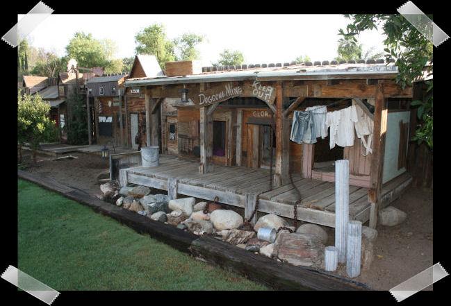 Photo Album 3 House And Yard